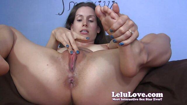 پورنو استیکر سکسی گی زیبا با یک دختر و دو دختر سکسی