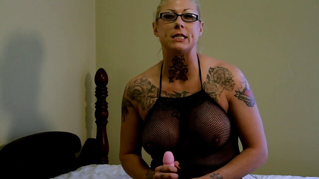 لیندا به درستی fucks چت سکسی گی در fapos