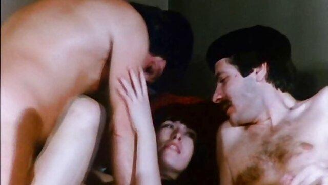 ماشا را دوست دانلود فیلم سکسی گی دارد به مکیدن