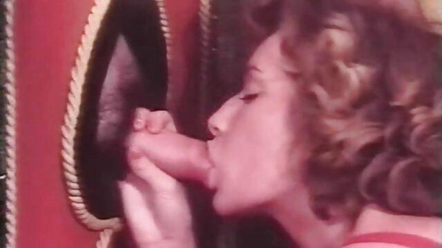 بی امان, پخش فیلم سکسی گی را دوست دارد به فاک