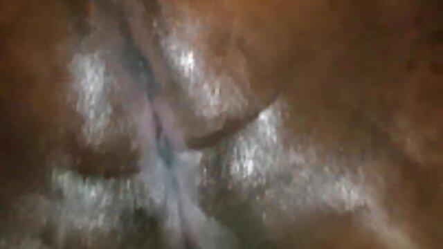 زرق و برق فیلم سکسی همجنس بازی مردان دار, گسترش توسط دست