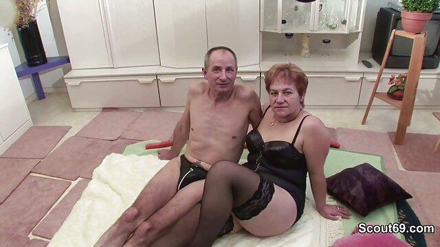سیاه و سفید دیک دانلود سکس گی در الاغ تنگ