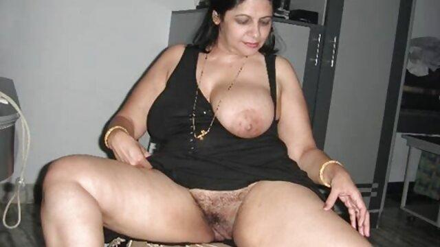 کامل, داشتن سرگرم کننده با یک دانلود فیلم گی سکسی دختر زیبا